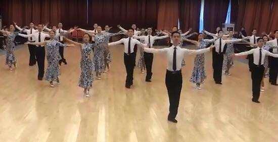 上海德艺体育舞蹈专修学院-无锡校区舞蹈房