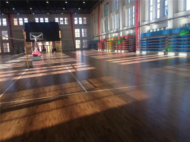 如何提高运动木地板的耐久性呢