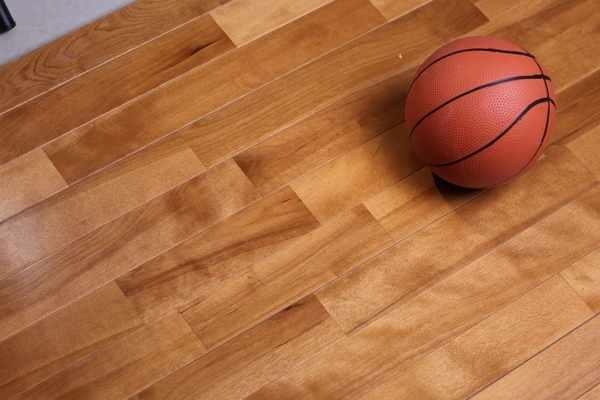 体育馆木地板价位