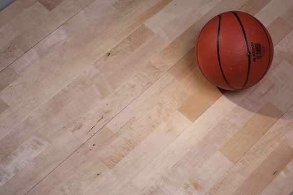 体育木地板价格低
