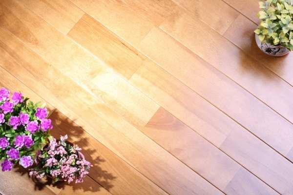 体育场木地板哪家性价比高