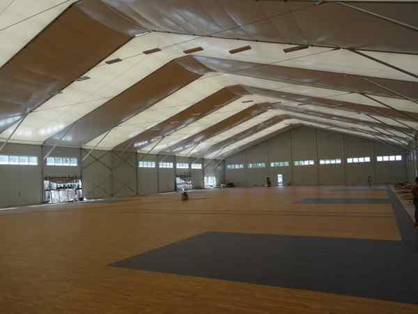 体育场馆木地板更便宜的是哪家