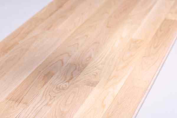 体育场馆木地板哪个牌子性价比高