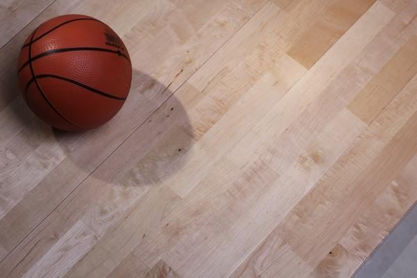 体育场馆木地板价格低