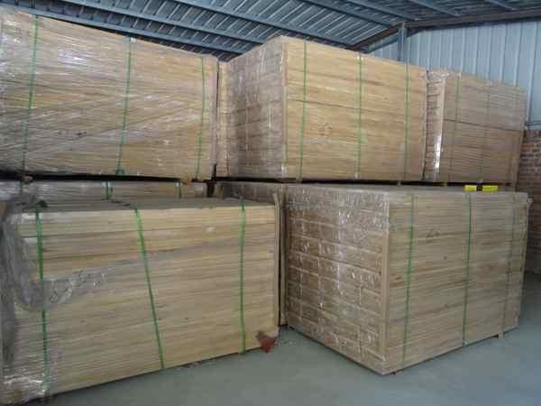 简阳羽毛球木地板一般多少钱