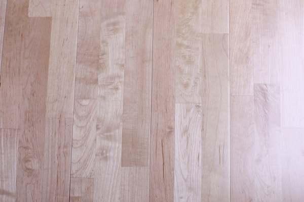 德格体育木地板低价促销