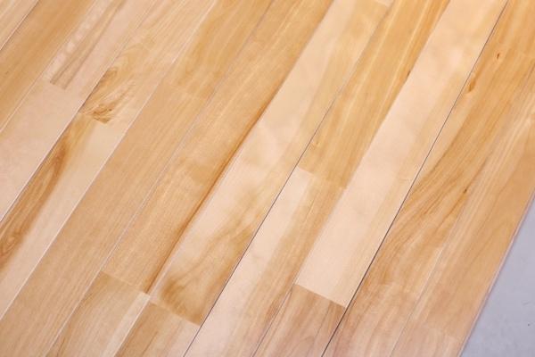 潢川羽毛球木地板安全可靠
