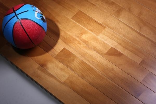 体育场馆木地板价格多少钱