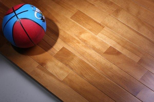 体育场馆木地板需要多少钱