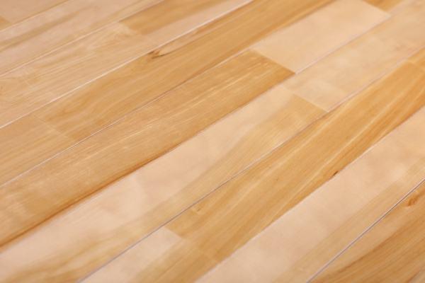 郾城篮球木地板费用如何