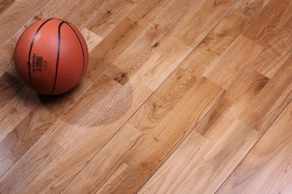 体育木地板更便宜的多少钱一平方米