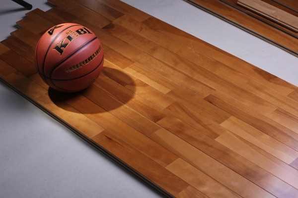 消费者如何选择合适的运动地板?