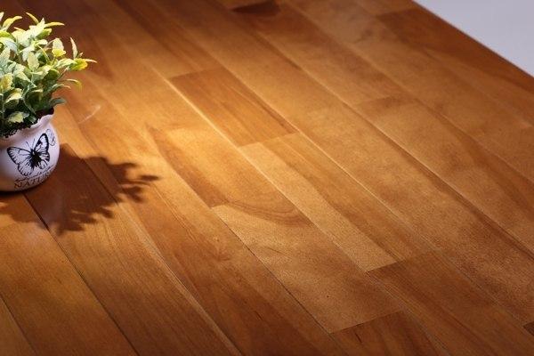东乡羽毛球木地板安装方法