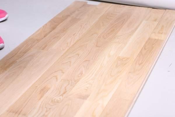 体育木地板哪个便宜