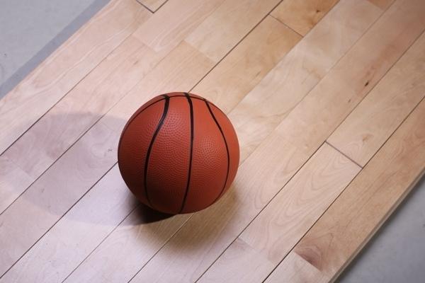 平定篮球木地板服务周到