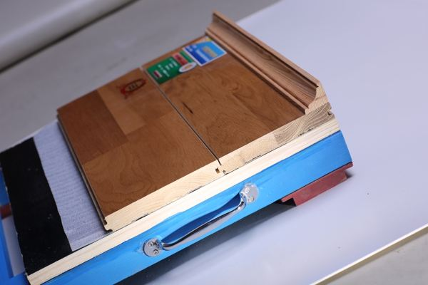 体育场馆木地板多少钱一平方米